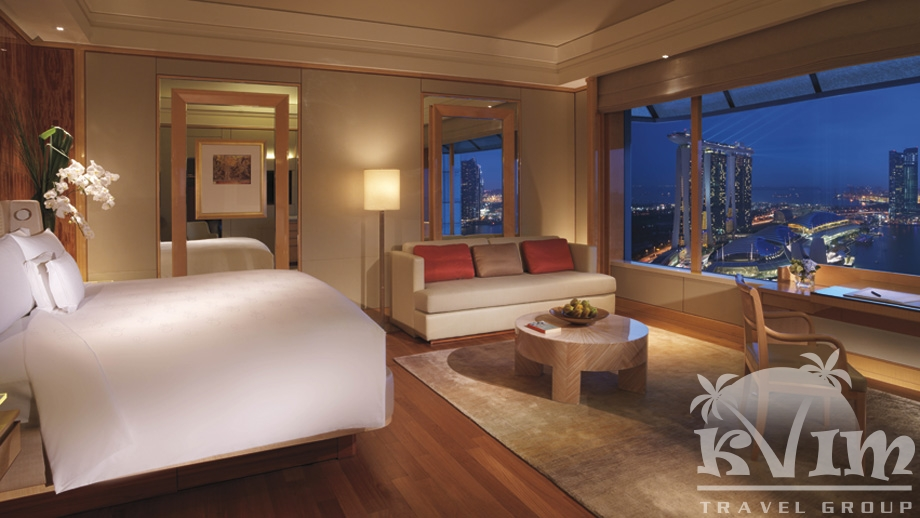 Deluxe Room (Marina Bay View)