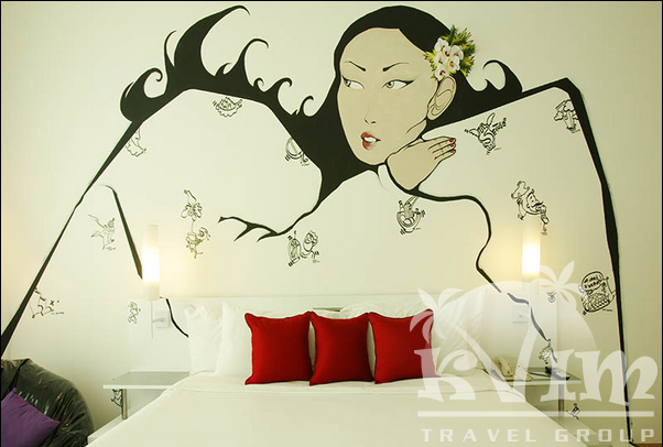 Gallery Hotel Singapore - CYX Suite Singaporean Dreaming