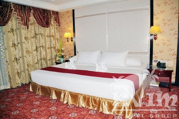 SARROSA INTERNATIONAL HOTEL & RESIDENTIAL SUITE
