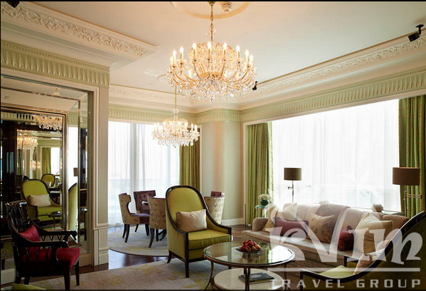The St. Regis Singapore - King Cole Suite